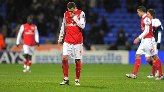 Arsenal defender Thomas Vermaelen reacts at the final whistle