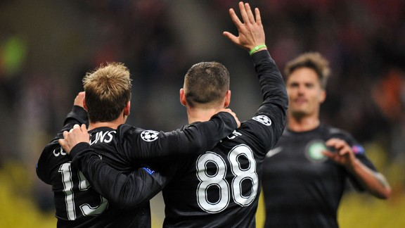 Celtic celebrate Gary Hooper's (88) opening goal against Spartak Moscow