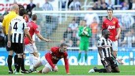 Cheick Tiote reacts after a decision goes against him