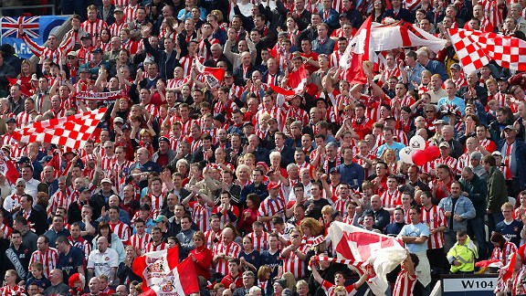 Sunderland fans and their flags