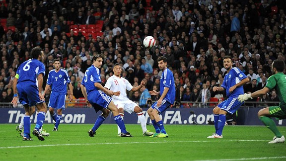 Alex Oxlade-Chamberlain rounds off the victory for England