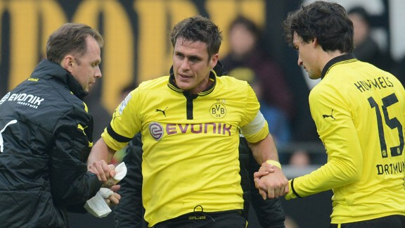 Borussia Dortmund's Sebastian Kehl was injured during the goalless draw with Stuttgart