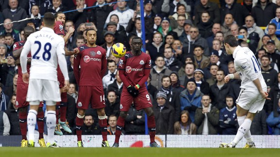 Gareth Bale gives Tottenham the lead against Newcastle with a free-kick
