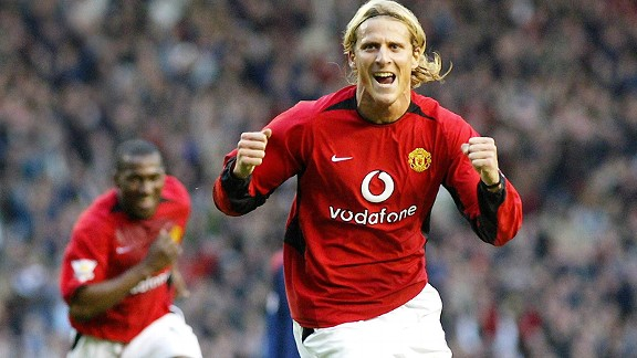 Diego Forlan was not an instant hit at United, unlike Robin van Persie