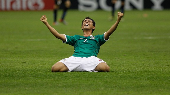 Mexico's Francisco Flores scored from a freekick against Jamaica