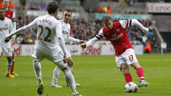 Nacho Monreal puts Arsenal into the lead at Swansea