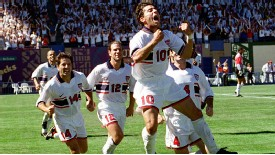 USA midfielder Tab Ramos celebrates his his game-winning goal against Costa Rica during World Cup qualifying in 1997.