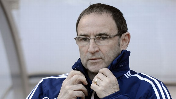 Martin O'Neill watches on from the dugout as Sunderland host Manchester United.