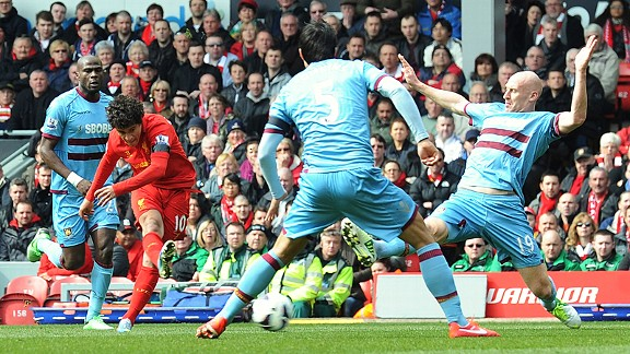 Philippe Coutinho gets off a shot against West Ham
