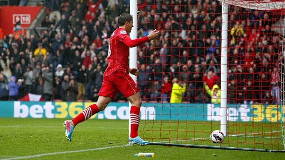 Gaston Ramirez celebrates giving Southampton the lead against West Ham