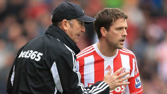 Tony Pulis, Michael Owen
