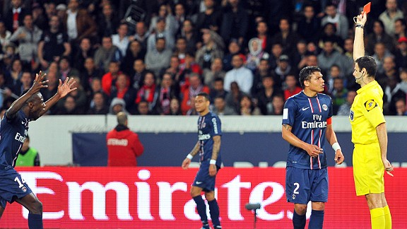 Thiago Silva gets his marching orders against Valenciennes