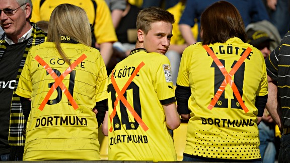 Mario isn't exactly Mr Popular in Dortmund at the moment
