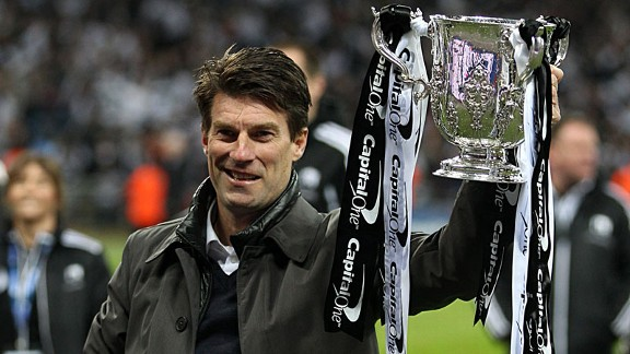 Michael Laudrup League Cup trophy celeb