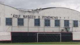 O Fenomeno lives on at the Estadio Figueira de Melo