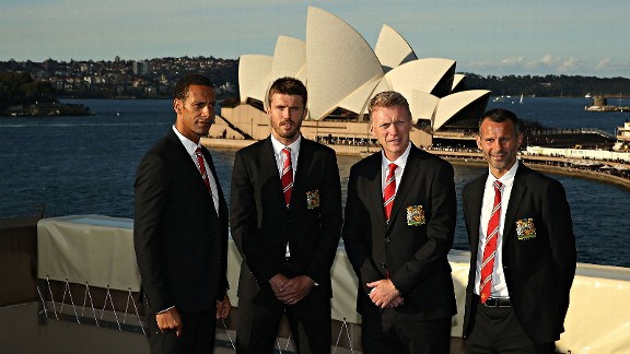 Lads on tour: Manchester United quartet Rio Ferdinand, Michael Carrick, David Moyes and Ryan Giggs pose in Sydney, Australia.