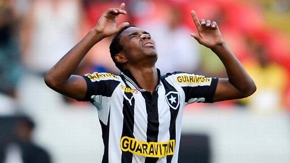 Clarence Seedorf has taken Vitinho under his wing at Botafogo.