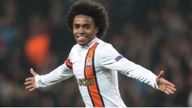 Willian has signed a five-year contract at Chelsea.