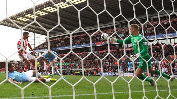 Joe Hart save from Jon Walters Man City v Stoke