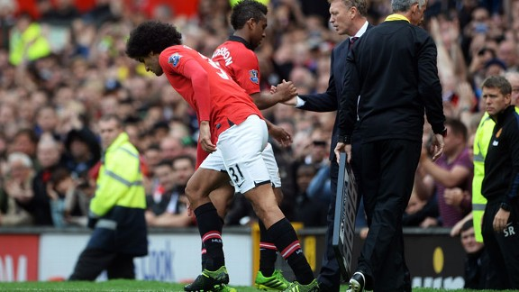 Marouane Fellaini on for Anderson Man Utd v Palace