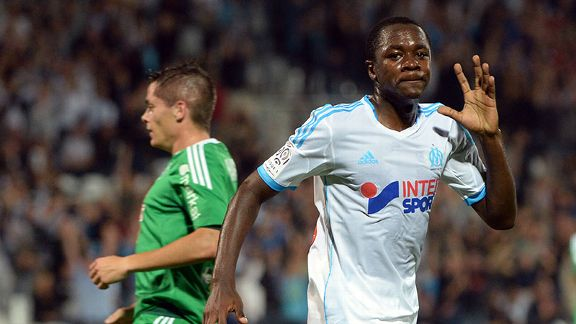 Chelsea are reportedly preparing to capture Giannelli Imbula (R) in January.