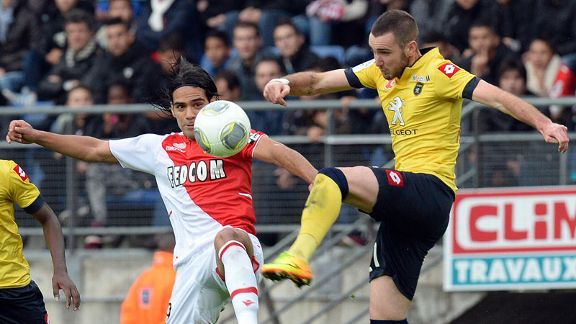 Radamel Falcao in action for Monaco against Sochaux.