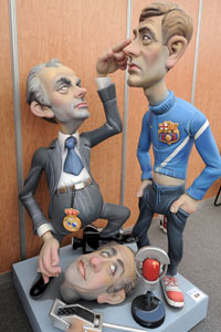 Jose Mourinho and Tito Vilanova figurines