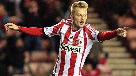 Sebastian Larsson celebrates after his goal ensured Sunderland made it through to the Capital One Cup quarterfinals