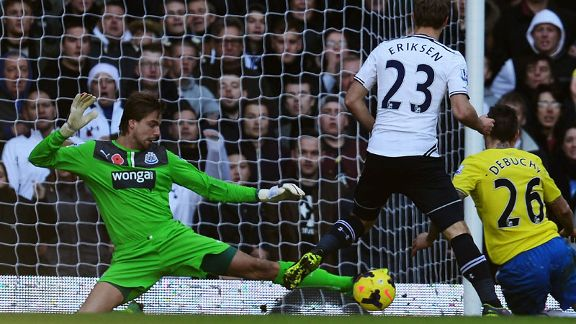 Tim Krul Newcastle leg save vs Tottenham
