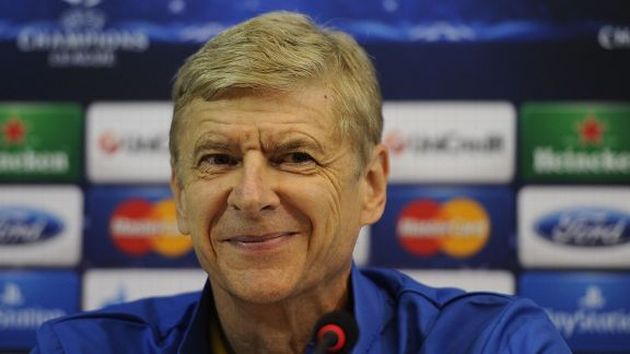 Arsene Wenger is concentrating on beating Napoli in the Champions League.