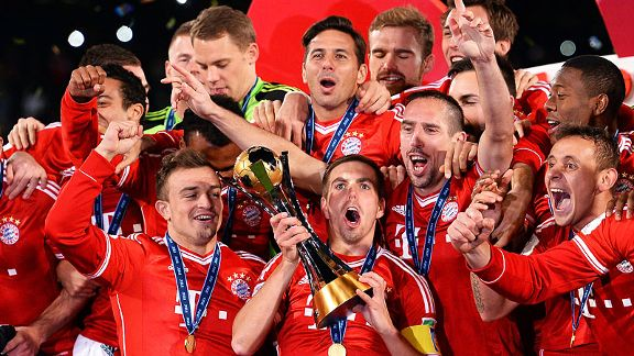 Bayern Munich lift the Club World Cup.