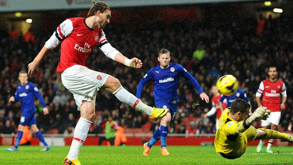 Nicklas Bendtner finally beat David Marshall to give Arsenal the lead against Cardiff.