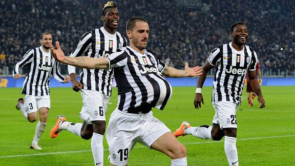 Leonardo Bonucci scored Juventus' second goal in their top-of-the-table clash with Roma.