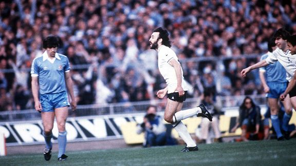 Ricky Villa celebrates THAT goal against Man City at Wembley.