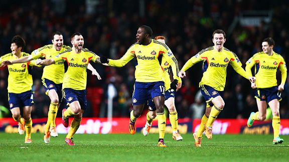 Sunderland celebrate their shootout win at Manchester United.