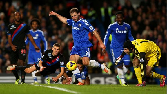 Chelsea in action vs Crystal Palace