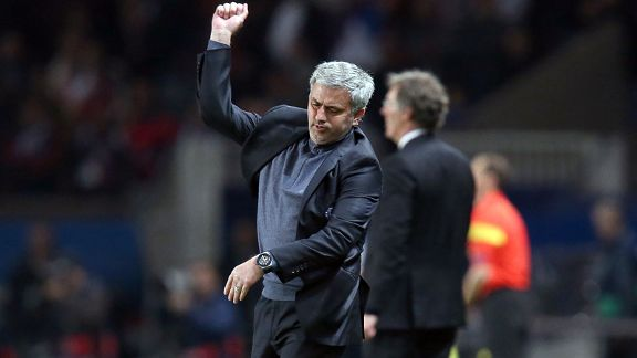 Jose Mourinho shows his anger during Chelsea's defeat in Paris.