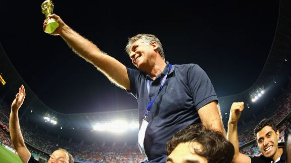 Carlos Queiroz Iran celebration
