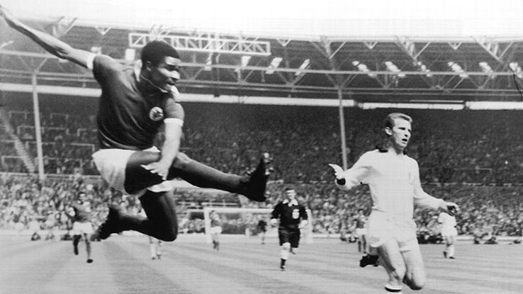 Eusebio, left, can be considered the ultimate big-game player for the mere fact that he scored more often than not.