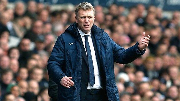 Manchester United's new manager David Moyes is tasked with replacing a legend.