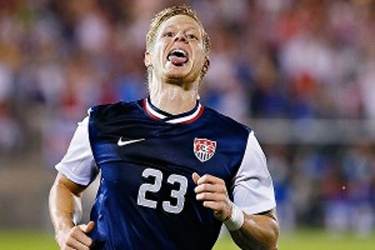 Brek Shea's first international goal helped the United States sweep the group stage.