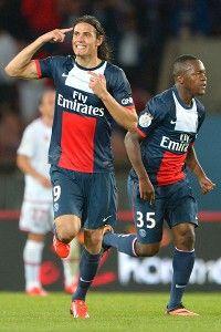 Edinson Cavani celebrates after scoring PSG's equalising goal Sunday against Ajaccio.