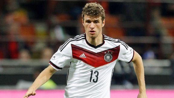 Franz Beckenbauer has urged Bayern Munich to think long and hard before letting Thomas Mueller out of the fold.
