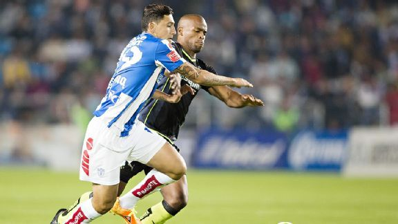 Abraham Carreno and Pachuca fended off Santos in their first leg semifinal.