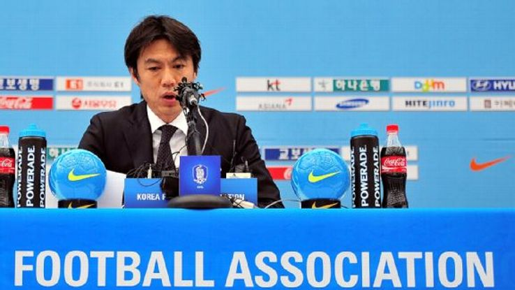 South Korea coach Hong Myung-Bo selected a youthful World Cup squad.