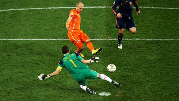 Casillas' stunning save in the 2010 final still haunts Arjen Robben.