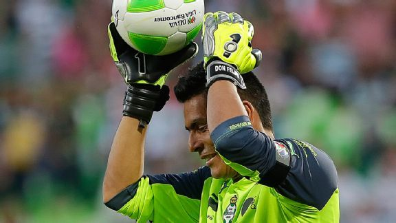Oswaldo Sanchez's red card proved pivotal in allowing Pachuca to eliminate Santos in the liguilla semifinals.