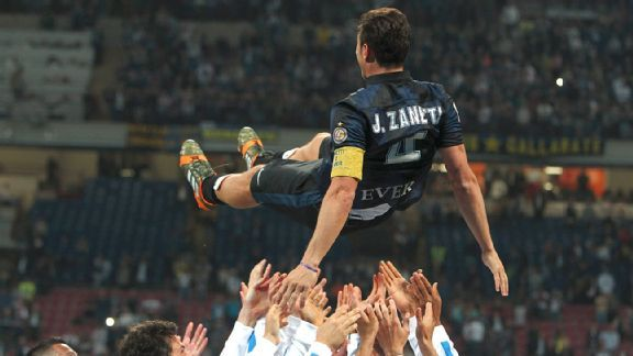 Inter showed its appreciation as Javier Zanetti said goodbye to the San Siro.