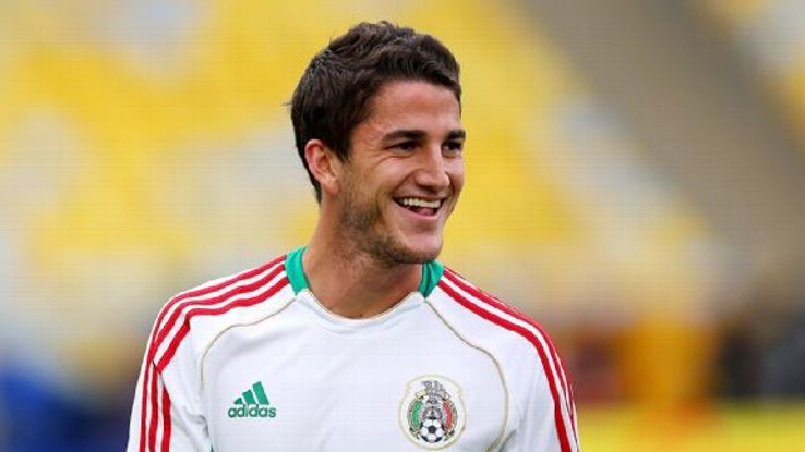 Defender Hiram Mier could add some needed stability to the Chivas back line.