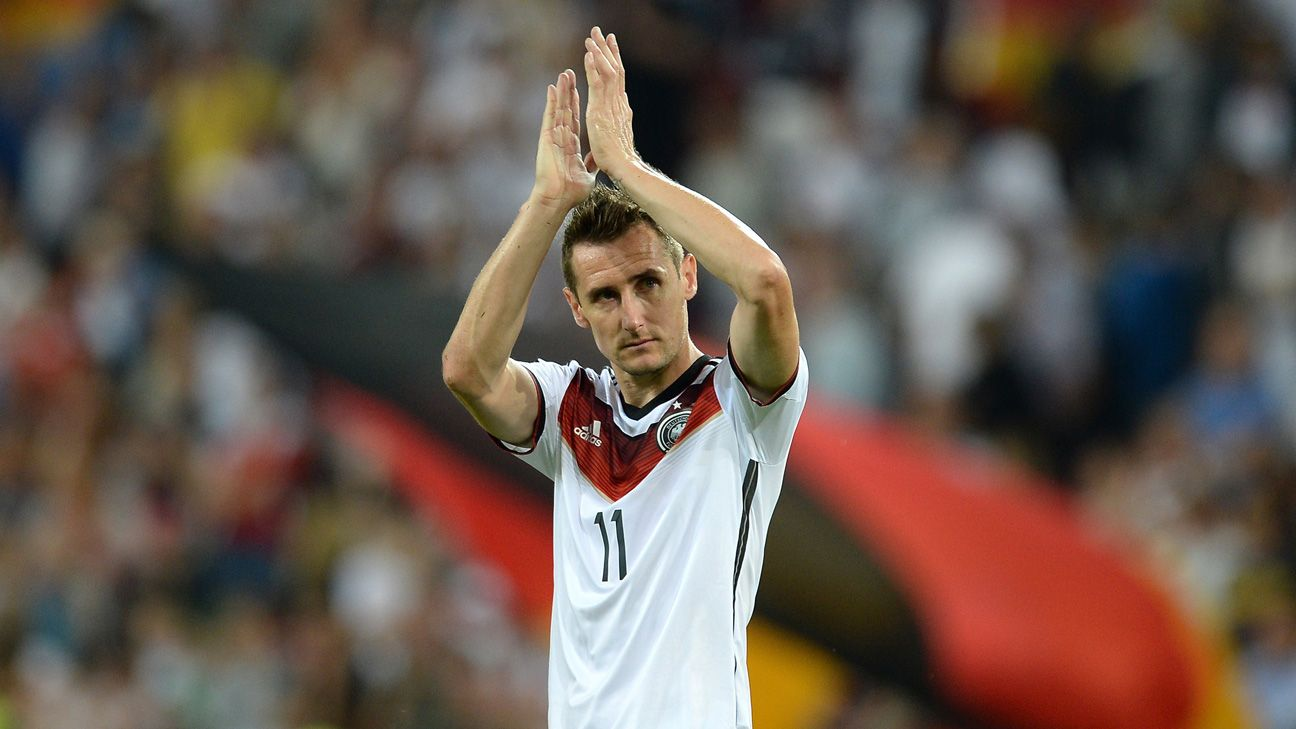 Miroslav Klose scored his 15th World Cup goal to lead all Germans